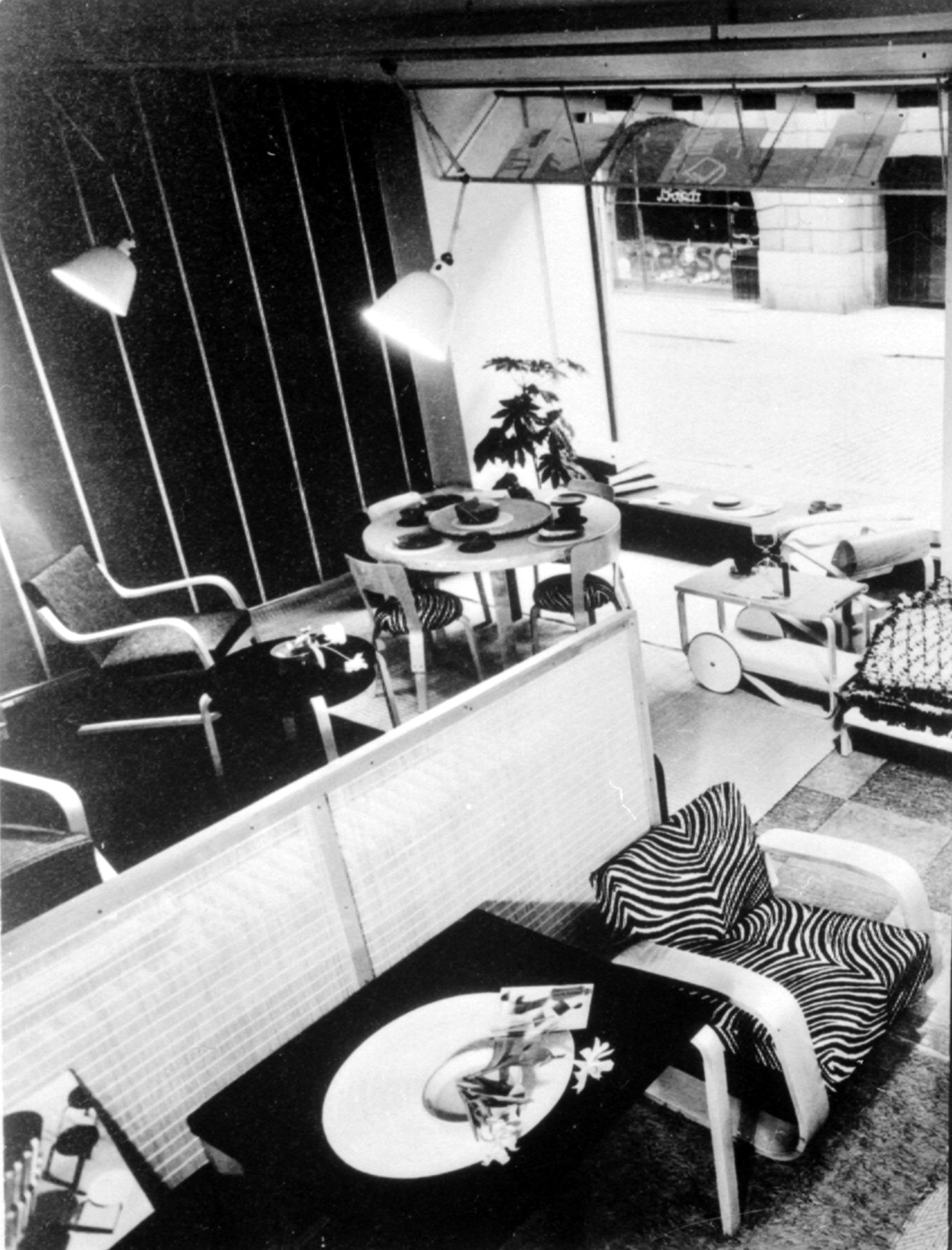 1840351 Fabianinkatu first Artek store in Helsinki 1936 master