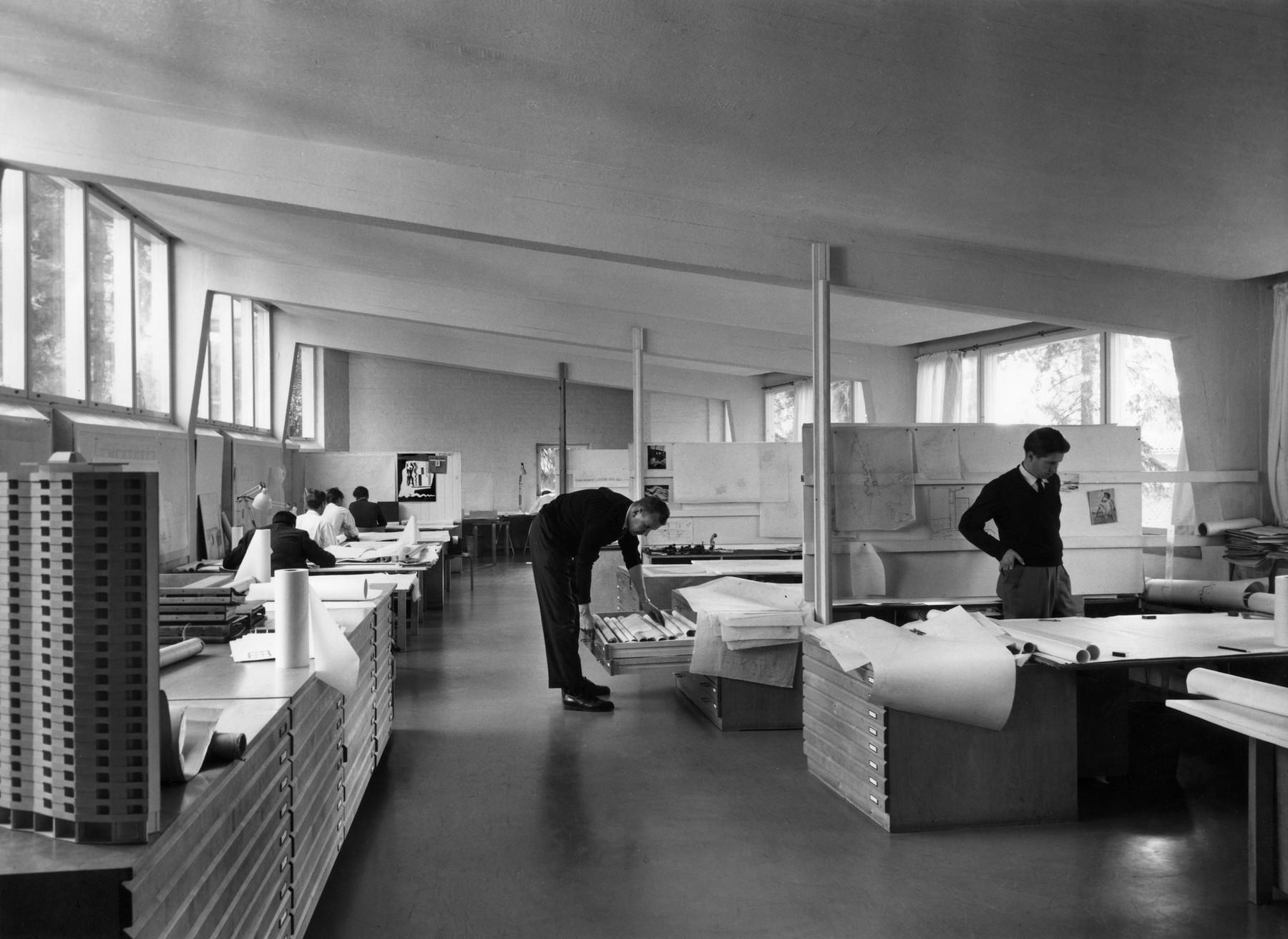 1852031 Aalto Studio work 1960s master