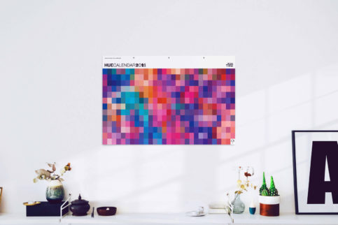HueCalendar Wall Viola